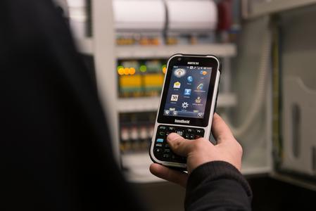 """Handheld bringt den brandneuen robusten Computer """"Nautiz X4"""" für den mobilen Arbeiter auf den Markt"""