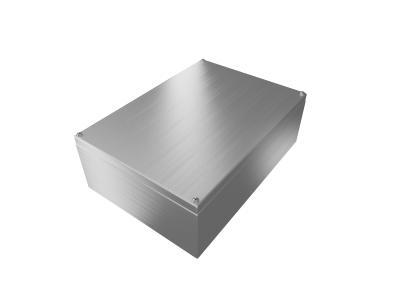 Glatte Oberfläche, solide Ausführung: Die inoBOX-Gehäuse von ROLEC glänzen mit einem marktgerechten Preis-Leistungsverhältnis