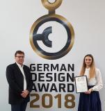 Freuen sich über die Auszeichnung: Daniela Usenbenz B. A., Marketing&Sales und Klaus-Jürgen Janik, MBA, Inhaber und Geschäftsführer von JADENT