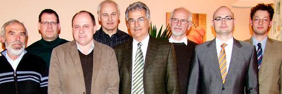 Der neue Landesvorstand des BWE-Bayern mit Beisitzern (v. l.): F. Reiter, K. Schuster, Dr. P. Niebauer, H. Aiwanger, G. Beermann, Dr. T. Weller, Dr. H. Loibl, Ph. Mayer,  (sowie nicht im Bild:) J. Keuerleber, T.Engel. (Foto: Markl-Meider)