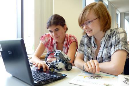 Sommeruniversität der TU Ilmenau für Schülerinnen © TU Ilmenau