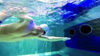 Ausdauernd schwimmen ohne zu wenden: Das ist das Prinzip der Turbinenschwimmanlage HydroStar von BINDER