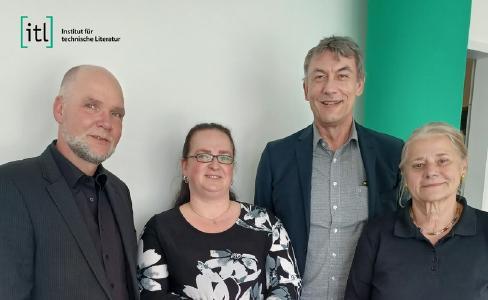 Von links nach rechts: Henning Mallok (Geschäftsführer itl Nord GmbH), Diana Langfahl (Vorstand itl AG und Geschäftsführerin itl Nord GmbH), Peter Kreitmeier (Vorstandvorsitzender itl AG) und Christine Wallin-Felkner (Aufsichtsratsvorsitzende, Firmengründerin und Inhaberin itl AG)