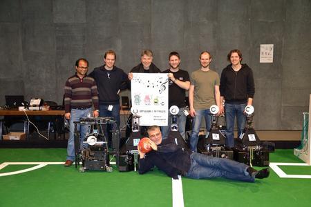 Die Kasseler Roboter und ihre Ingenieure