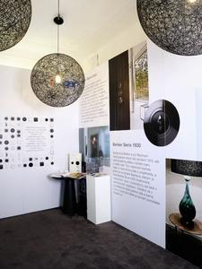 V showroomu Grandhotelu Evropa představila společnost Hager své spínače a řešení ve stylovém prostředí. Velkoformátové fotografie přiblížily návštěvníkům referenční stavby