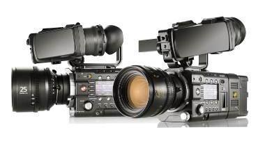 Zuwachs im 4K-Sement – die CineAlta-Kameras PMW-F5 (rechts) und PMW-F55 (links) schließen die Lücke zwischen dem Camcorder PMW-F3 und der CineAlta-4K-Kamera F65