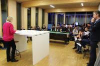 """Steuerberaterin und Wirtschaftsprüferin Ingrid Senbert (links) hielt vor Jungunternehmern und Studierenden der Hochschule Aalen einen Vortrag zum Thema """"Umsatzsteuer und Zoll bei internationalen Geschäften"""" / Fotonachweis: © Hochschule Aalen/ Andrea Heidel"""