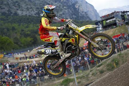 Rockstar Energy Suzuki Set For Bulgaria MX