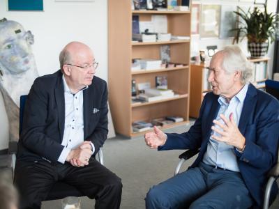Prof. Scheer im gespräch mit Prof. Wahlster