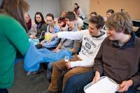 Das Programm COACHING4FUTURE informiert in Möckmühl über Hightech-Lösungen und Berufsbilder im naturwissenschaftlich-technischen Bereich