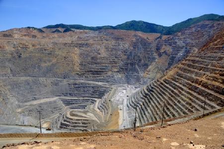 Tagebaukupfermine; Quelle: Depositphotos