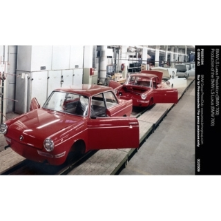Production of the BMW LS Luxus (BMW 700)