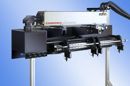 Der StarPerfo Advanced mit Bahngeschwindigkeits-kompensation (WMC) für exakt gleichförmige Löcher !!