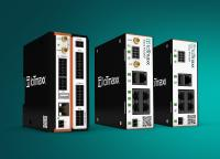 Die leistungsstarken, lösungsoffenen und robusten IIoT-Mobilfunk-Gateways und Industrierouter von IoTmaxx sammeln und verarbeiten Informationen industrieller Maschinen und Systeme und übertragen sie über sichere Mobilfunkverbindungen