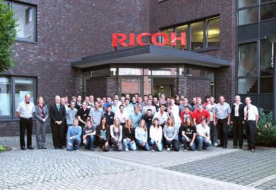 54 neue Auszubildende starteten am 1. August 2008 bei Ricoh in ihr Berufsleben