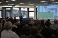 Svenja Skrzipale, Senior Beraterin bei UNITY, zeigt die zentralen Herausforderungen der Digitalisierung auf dem Weg zum Smart Hospital auf.