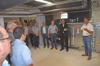 Joachim Hauenstein, geschäftsführender Gesellschafter der ETH-messtechnik GmbH präsentiert die Innovationen im Bereich Energieeffizienz in seinem Unternehmen, Fotos: KEFF