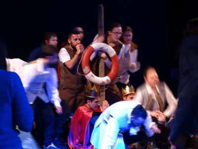 """Das Integrationstheater """"Sanssouci avec Shakespeare"""" führt die Komödie """"Der Sturm"""" in mehreren Sprachen auf (Foto: Uni Potsdam/Iyad Krayem)"""