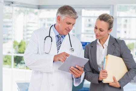 Medizinisches Fachpersonal benötigt zunehmend auch Managementqualifikationen / Quelle: shutterstock