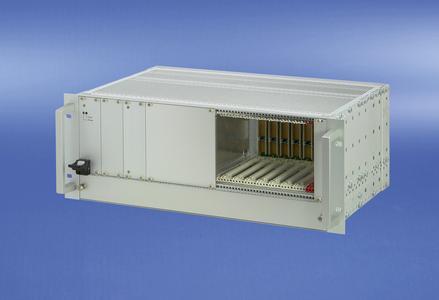 8 Slot CompactPCI-System mit integrierter Lüfterschublade
