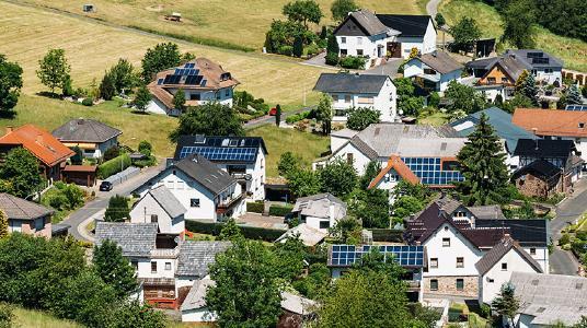SMA informiert: Sicherer Umgang mit Photovoltaikanlagen bei Hochwasser