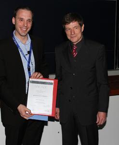 v.L.: Dr. Stephan Grill, Max Planck Institut Dresden, Dr. Jens Thielmann, Produktmanager BINDER GmbH