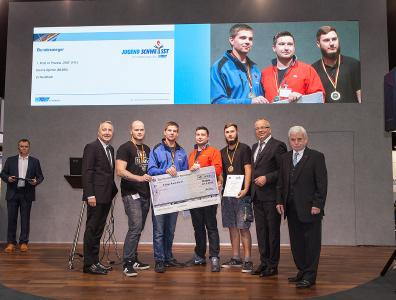 "The winners of the 12th National DVS ""Young Welders"" Competition 2017. From left to right: Oliver Kuhrt (CEO of Messe Essen), Dennis Spicher (TIG Welding), Ruben Siems (MAG Welding), Louis Harder (Manual Metal Arc Welding), Sebastian Greiner (Gas Welding), Dr.-Ing. Roland Boecking (DVS General Manager) and Dipl.-Ing. Peter Boye (DVS Vice-President) / Photo: DVS / Alexander Sucrow Fotografie"