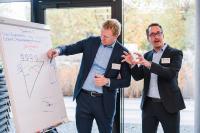 Dr. Andreas Tremel und Pierre Wruck während eines Workshops zum Thema Dashboards (Foto: ©InLoox GmbH)