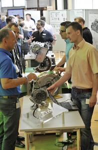The Forum of Inspiration at the Schaeffler location in Herzogenaurach offered employees insights into new products and advance developments, presented at about 50 booths