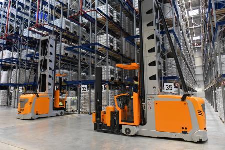Der neue Komplex der GREIWING logistics for you GmbH am Standort Burghausen verfügt über eine Lagergrundfläche von 20.500 m² / Foto: GREIWING