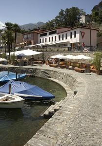 Das Restaurant SEVEN liegt in exponierter Lage am Hafen von Ascona und hat gestalterisch einiges zu bieten