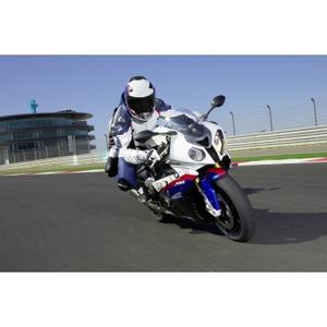 """BMW Motorrad gewinnt vier Kategorien bei der Leserwahl zum """"Motorrad des Jahres 2011"""" der Zeitschrift MOTORRAD"""