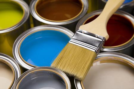 Ressourceneffiziente Herstellung von Farben und Lacken / Bild: © PantherMedia / Sebastian Duda