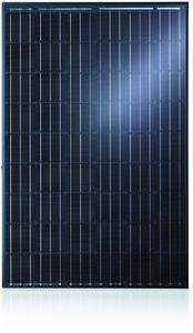 Ästhetisch und innovativ: Das Solarmodul SOLARWATT ORANGE 54M style mit schwarzen Zellen, schwarzem Rahmen und schwarzer Rückseitenfolie ist ideal für Privatgebäude geeignet / Eine neue Chipdiodentechnologie sorgt zudem für eine bessere Stromausbeute