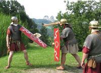 Kelten und Römer im Attergau. Das Keltenfest ist eine liebevolle Reise in die Vergangenheit der Region und bietet spannende Unterhaltung für Kinder und Erwachsene (Foto: Tourismusverband Ferienregion Attergau)