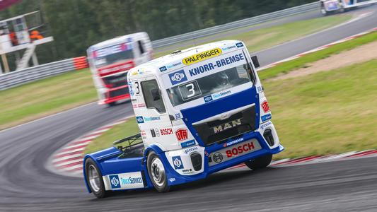 The race truck from the stables of three-time European Champion Jochen Hahn: Intensive collaboration between Knorr-Bremse and Team Hahn Racing in the analysis of vehicle handling and the condition of the individual components has been ongoing for 15 years now. | © Jochen Hahn