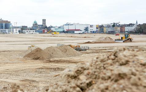Baugelände für das Pierburg-Werk 'Niederrhein' an der Hafenmole in Neuss