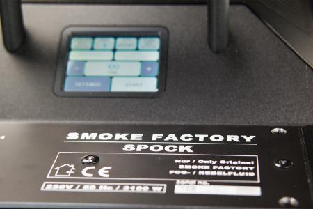 Smoke Factory präsentiert neue Nebelmaschine SPOCK mit Digitaltechnik