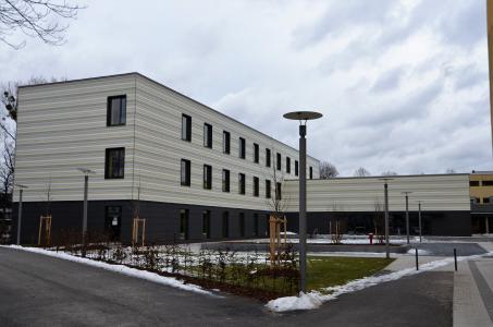 Nach BIM-Standard geplant: Planungsleistungen für rund 1.300 Holzbauprojekte erbringt das Büro von Gerd Prause jedes Jahr; bei etwa 300 Holzhäusern handelt es sich dabei um die Gesamtplanung. Mit 20 Mitarbeitern ist Prause Holzbauplanung in Lindlar einer der größten – wenn nicht gar der größte – Anbieter von Planungsleistungen für den Holzbau in Deutschland. Die Ausführung nach BIM wird für öffentliche und komplexe privatwirtschaftliche Bauvorhaben ausdrücklich angeboten. Bild: DHV/Zimmerei Sieveke, Lohne; www.sieveke.de