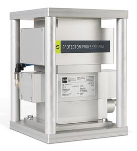 S+S Metall-Separatoren, wie z.B. der PROTECTOR PROFESSIONAL, schützen Extruder, Spritzgieß- und Blasformmaschinen zuverlässig vor Schäden und Stillständen, die durch Metall-teilchen im Kunststoffgranulat verursacht werden. (Fotos: S+S)