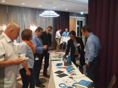 Die begleitetende Fachausstellung präsentiert innovative Lösungen und Produkte.