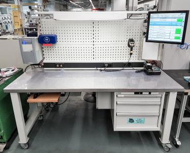 Beispielarbeitsplatz ausgerüstet mit dem ELAM-System