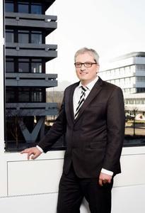 Prof. Dr.-Ing. Tobias Melz, neuer Leiter des Fraunhofer-Instituts für Betriebsfestigkeit und Systemzuverlässigkeit LBF / Foto: Fraunhofer LBF, Katrin Binner