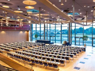 Am 07./08. Juli 2020 findet die erste Präsenzveranstaltung nach dem COVID-19 Lockdown im Dresdner Kongresszentrum statt. (Bildquelle: Maritim)