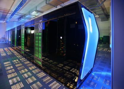 Der neue SX-9 Superrechner von NEC rechnet zukünftig die Wettervorhersagen des DWD. Bild: M. Jonas / DWD