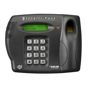 Biometrische Zugangskontrolle für Türen über Fingerprint, PIN und RFID von Black Box