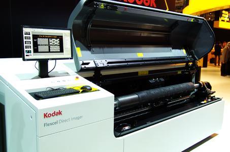 Mit dem KODAK FLEXCEL Direct System – hier die Vorstellung des Systems auf der drupa 2012 – stößt die Sächsische Walzengravur GmbH in die hochauflösende Laserdirektgravur von Elastomer-Flexodruckformen vor