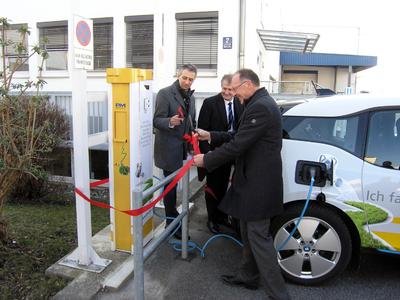 First emission free electric car charging station in Puchheim inaugurated