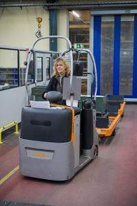 Mit Investitionen in die innerbetriebliche Logistik und in die strategische Mitarbeiterentwicklung hat AMF den Standort Fellbach gestärkt.