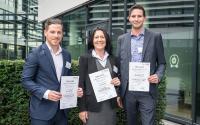 Ausgezeichnet Projektarbeiten - die Gewinner der GEFMA-Förderpreise 2018: Kevin Spiegel, Petra Kluge, Jan-Magnus Glas (v.l.)  / Foto: GEFMA e.V.